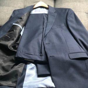 Once worn Tommy Hilfiger suit 40L 34x34